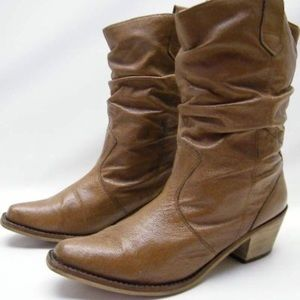 Steve Madden Western Boots size 9.5. Brown.